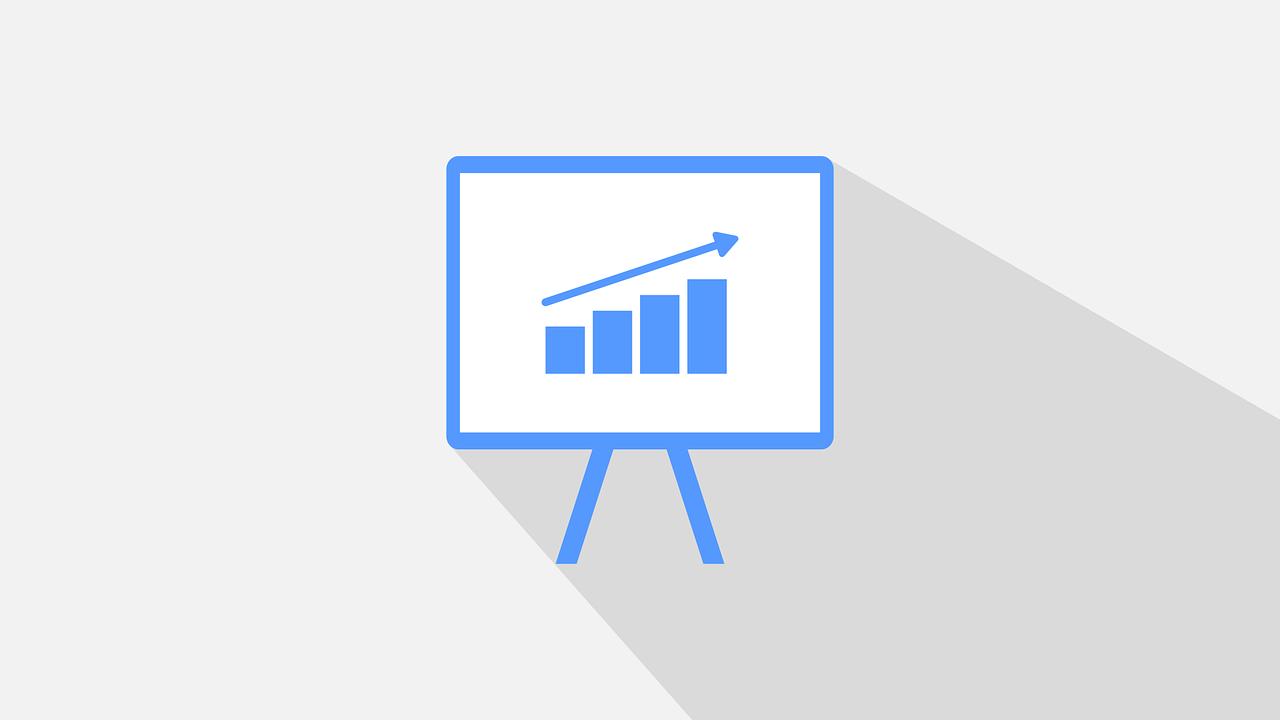 Al utilizar un CRM las ventas tienes que tornarse en un incremento, ya que al optimizarlo de una manera correcta, la información obtenida sera de gran utilidad