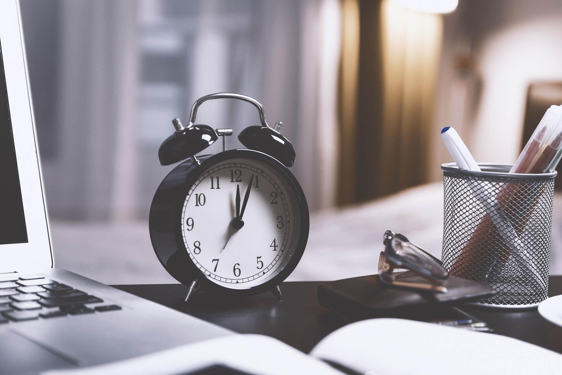 El tiempo y la complejidad de agregar funciones son los principales puntos a mejorar que se encuentran en SAP